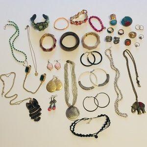 Boho Jewelry! 32 piece Bundle!